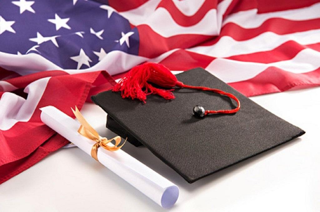 Иностранным студентам запретят учиться онлайн