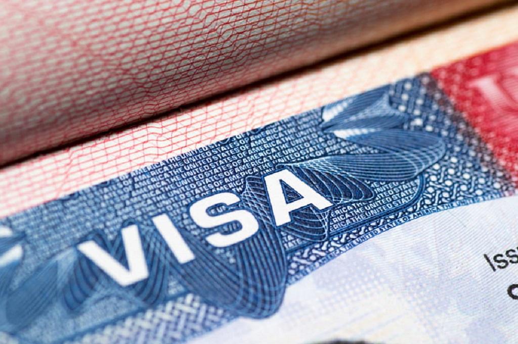 запрет выдачи новых грин-карт и виз до конца года