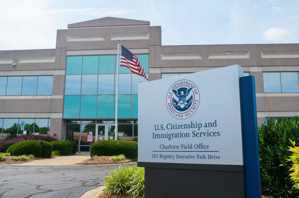 рост цен на рассмотрение иммиграционных документов